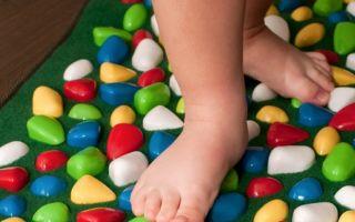 Как выполнять гимнастику при плоскостопии для детей