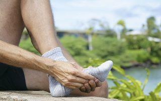 Какие причины имеет боль в стопе сбоку с внешней стороны при ходьбе